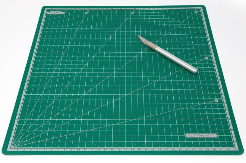 Makins Self-Healing Cutting and Rolling Mat/Work Surface