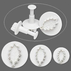 Embossing Cutters Set of 3 - Holly Leaf