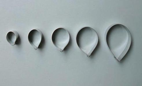 Teardrop or Rose Petal Cutters Set of 5